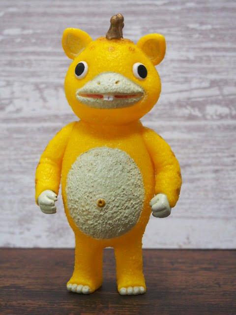快獣ブースカのフィギュア(黄色)