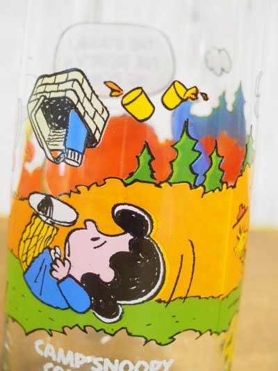 キャンプ・スヌーピー グラス(ライナス)のルーシー