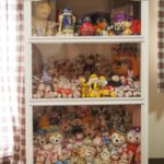 フィギュアの埃対策を自作した飾り棚