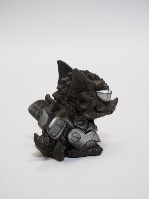 ガルガルIII(ゴジラソフビコレクション2)の右側