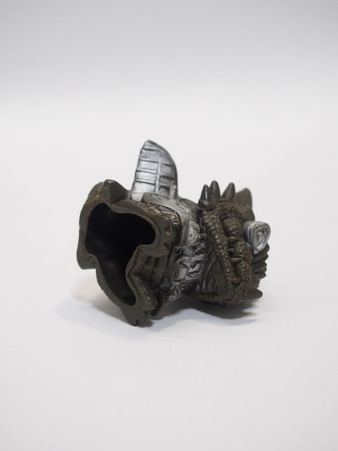 ガルガルIII(ゴジラソフビコレクション2)の底