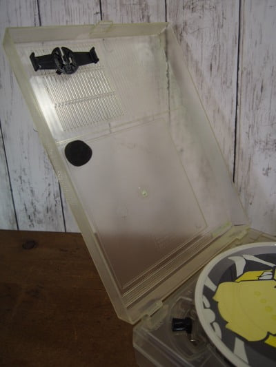 コーネリアス ポータブルプレーヤーの蓋部分