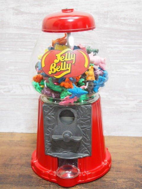 ウルトラ怪獣消しゴムが入ったJelly Belly Bean Machine