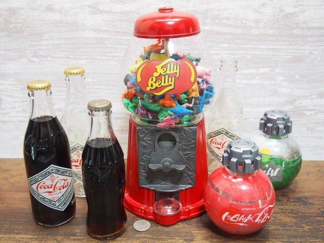 Jelly Belly Bean Machineとコカコーラのボトルと