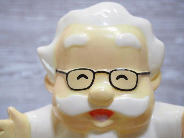カーネルサンダース貯金箱 (1991's)の顔部分
