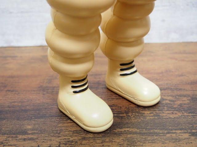 ビバンダム フィギュア(2002)の足部分