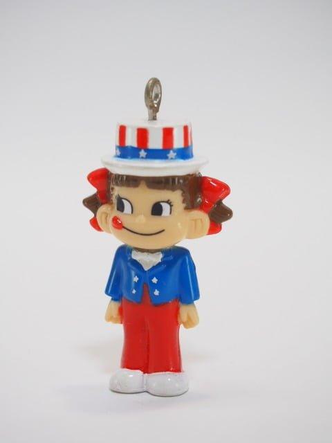 不二家の「ミニミニペコちゃん」のおまけのキーホルダー – アメリカンペコ