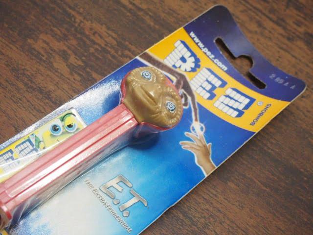 E.T. 赤フード – PEZ(ブリスターパッケージ)
