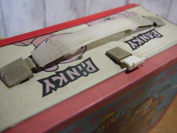 ピンクパンサー ランチボックス(THERMOS)の持ち手部分