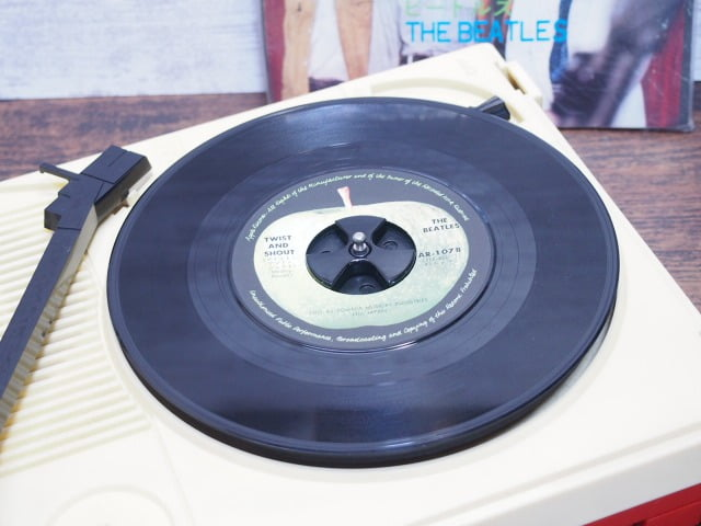 ザ・ビートルズ - ツイスト・アンド・シャウト - A面 - 中古レコード
