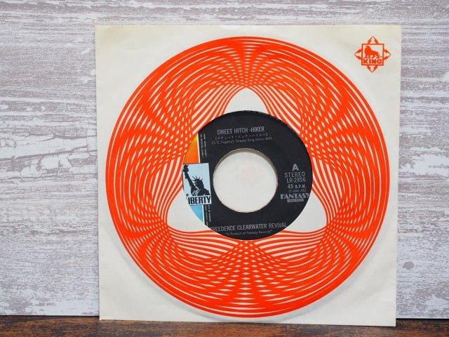 スウィート・ヒッチ・ハイカー(C.C.R.)のレコード袋