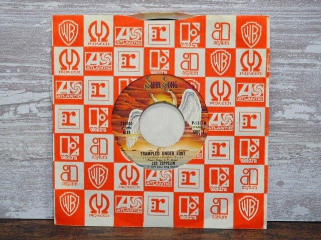 トランプルド・アンダー・フット(レッド・ツェぺリン)のレコード袋