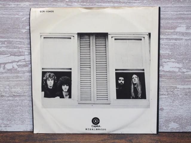 アメリカン・バンド(グランド・ファンク・レイルロードのレコード袋裏側