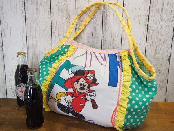 ディズニーのシーツを使った手作りのトートバッグの全体画像