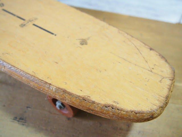 ウッドスケートボード INDY 500 SPORT FUN INのデッキ