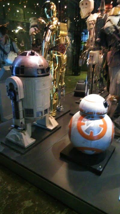 R2-D2 – 「スター・ウォーズ アイデンティティーズ:東京」